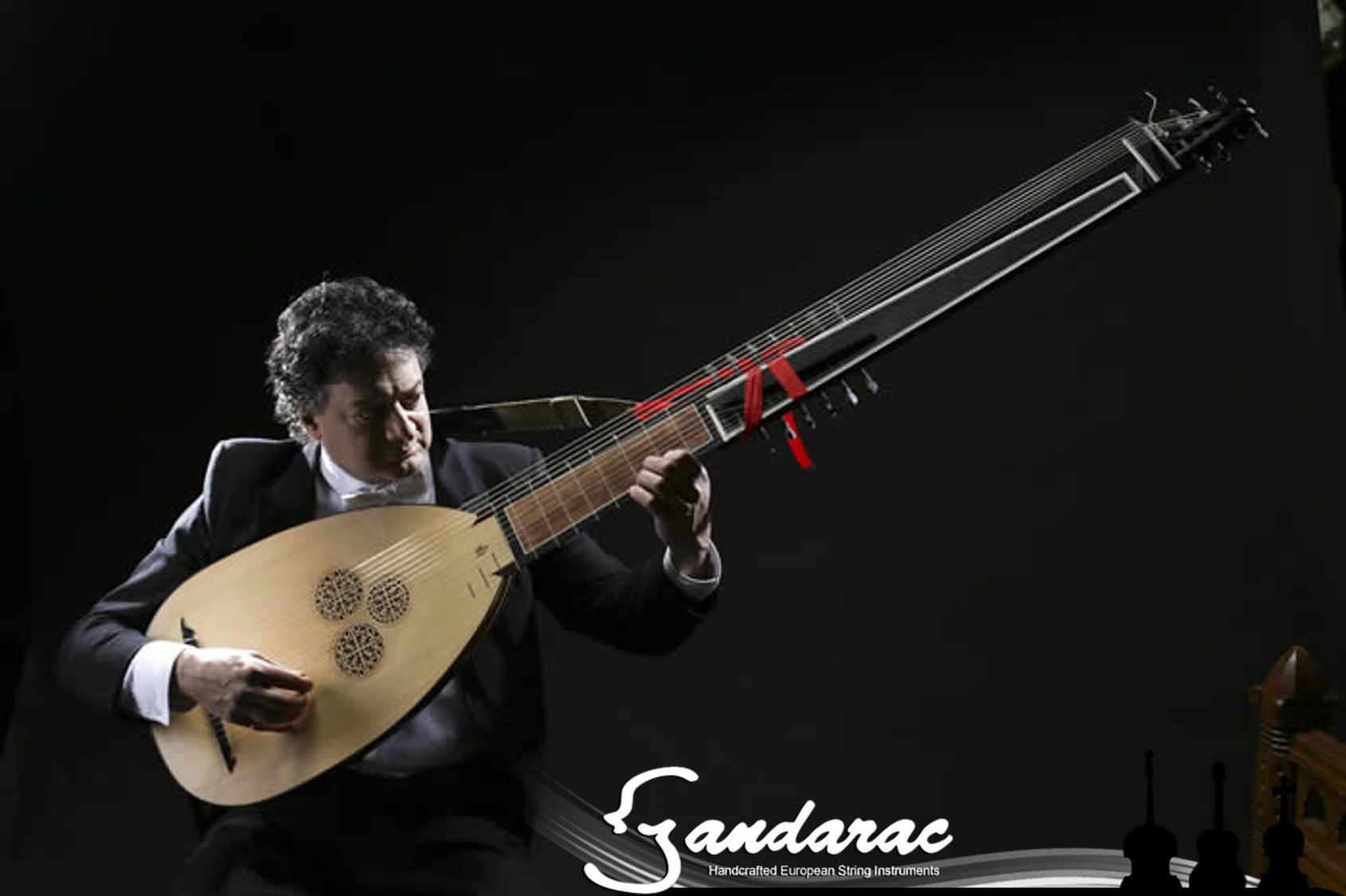 21 - theorbo