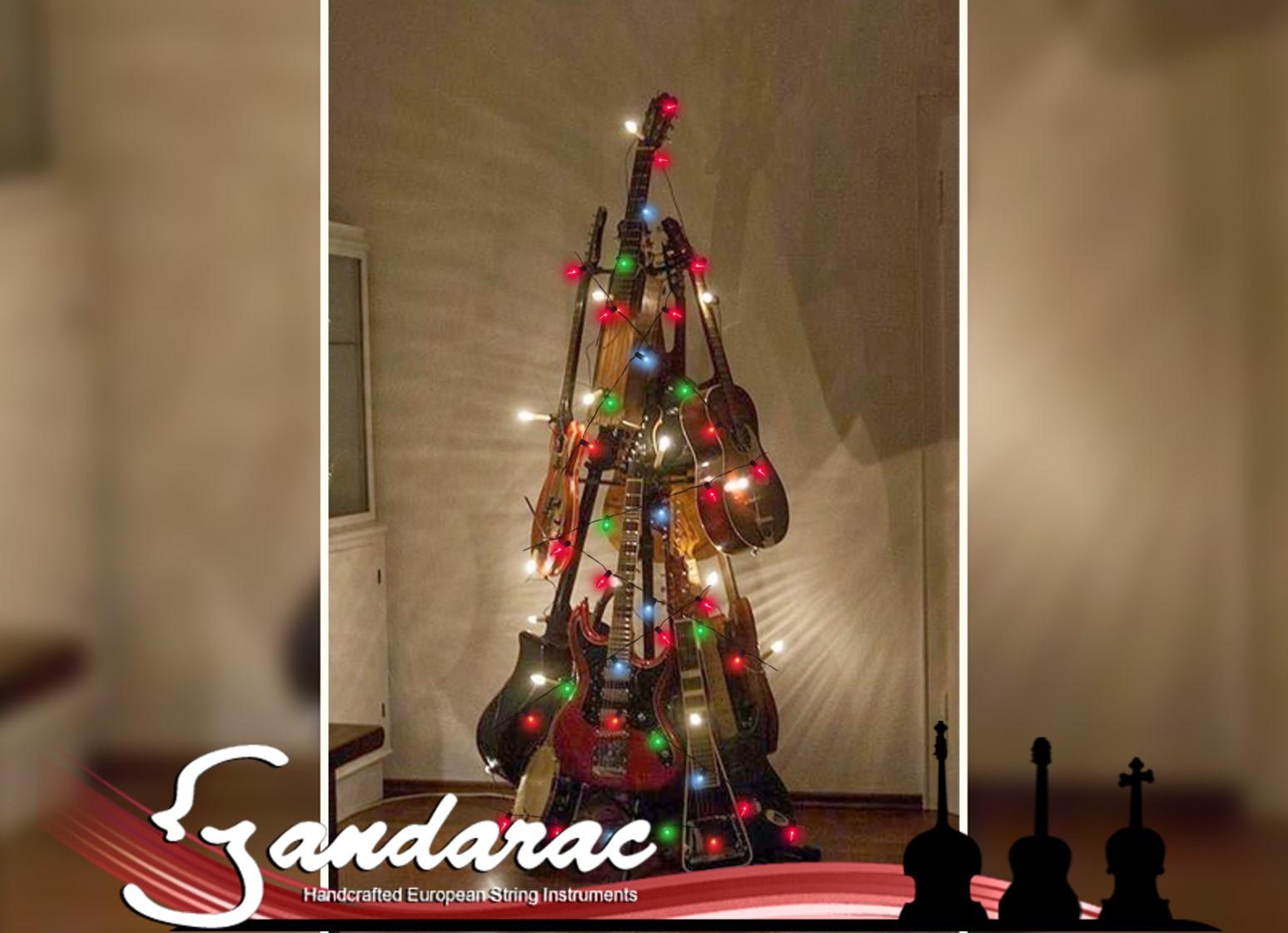 22 - guitar Christmas tree