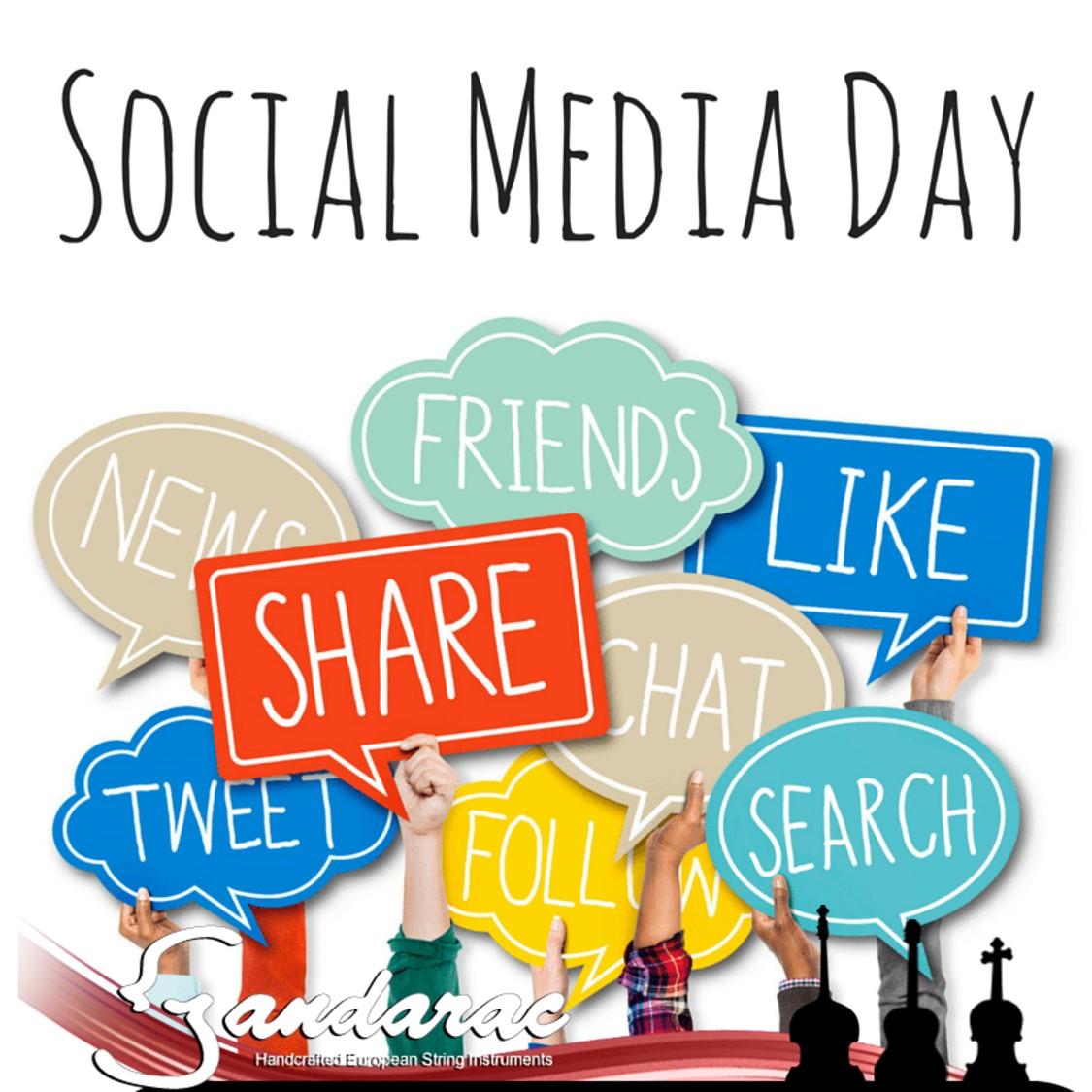 30 - social media day