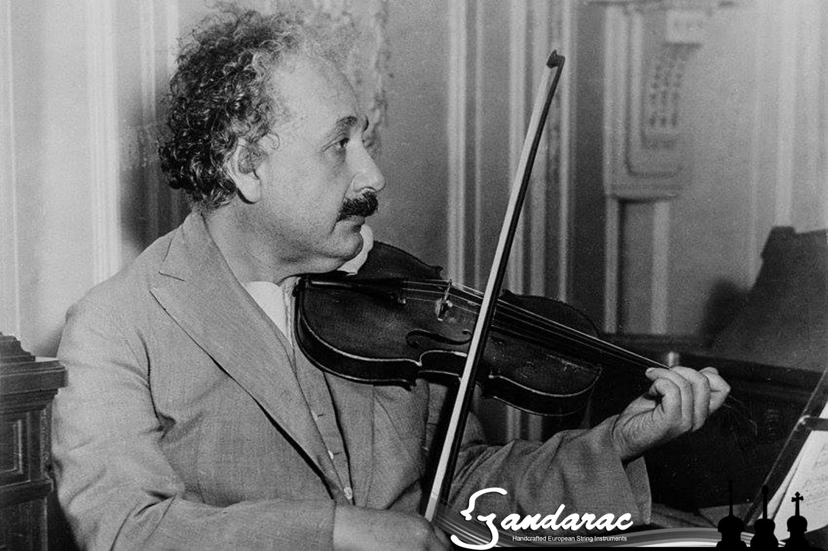 11 - Einstein